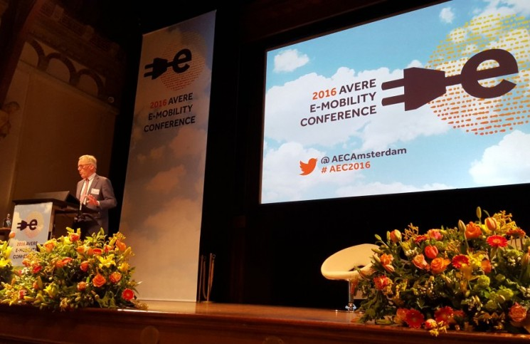 Worldwide EV industry gathered at AVERE Conference